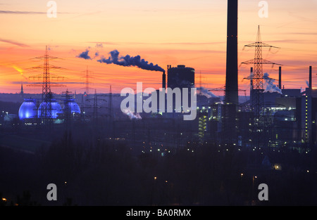 Emscher purification plant Bottrop. Waste incineration plant Essen Karnap of RWE Power AG Essen, Ruhr Area, Germany - Stock Photo