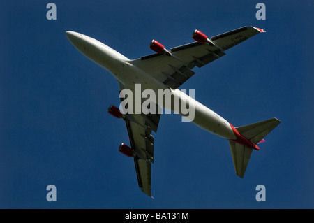 A Virgin Atlantic Boeing 747 Jumbo Jet takes off from Gatwick - Stock Photo