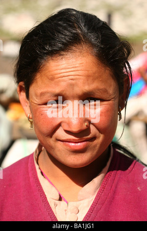 Tibetan refugee woman living in Chattru, India - Stock Photo