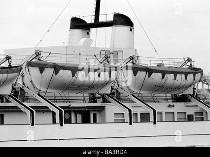 Eighties, black and white photo, travel, holidays, safety, lifeboats on an ocean liner, seaport of Santa Cruz, Spain, - Stock Photo