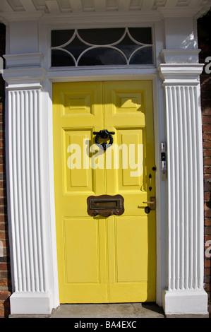 Yellow Georgian door, Sheet Street, Windsor, Berkshire, England, United Kingdom - Stock Photo