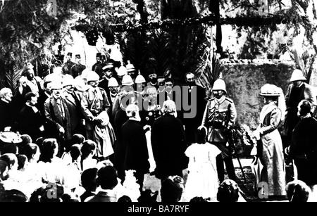 William II, 27.1.1859 - 4.6.1941, German Emperor 15.6.1888 - 9.11.1918, Oriental Journey 1898, with Empress Augusta Victoria in the garden of the German consul at Haifa, ,