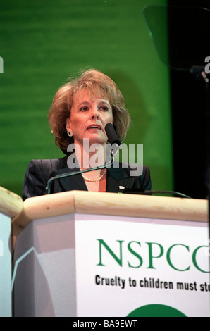 ESTHER RANTZEN OF CHILDLINE  AT CHARITY APPEAL BY NATIONAL SOCIETY FOR THE PREVENTION OF CRUELTY TO CHILDREN NSPCC - Stock Photo