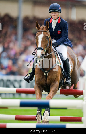 Zara Phillips (GBR) riding GLENBUCK  Equestrian - 2008 Mitsubishi Motors Badminton Horse Trials 2008 day 4 - Stock Photo