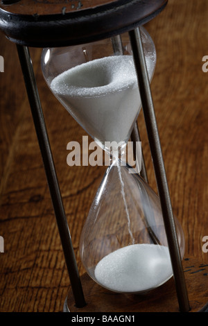 10 minute Hourglass or sandglass timer - Stock Photo