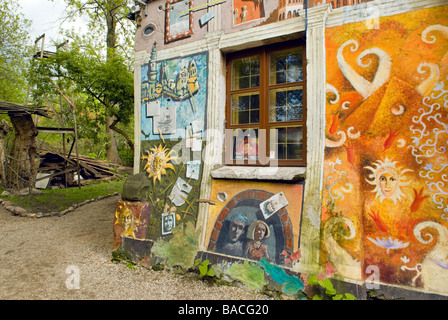 Lithuania (Baltic States), Vilnius, building transformed into an alternative art gallery in the district of Uzupis, - Stock Photo