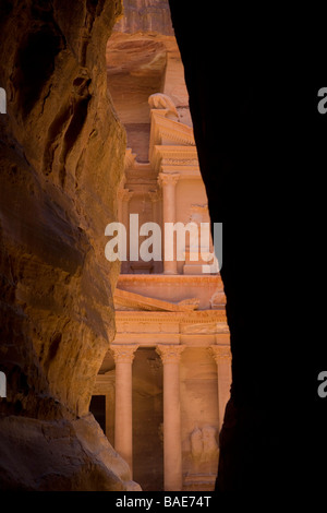 El Khazneh, The Treasury, the most famous building in the ancient city of Petra, Jordan - Stock Photo