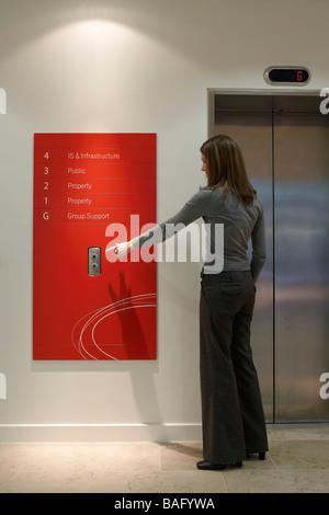 Ec Harris, London, United Kingdom, Swanke Hayden Connell, Ec harris lift graphics. - Stock Photo