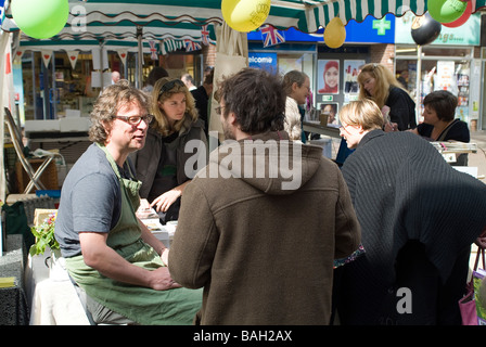 Hugh Fearnley Whittingstall at Taunton vale farmers market - Stock Photo