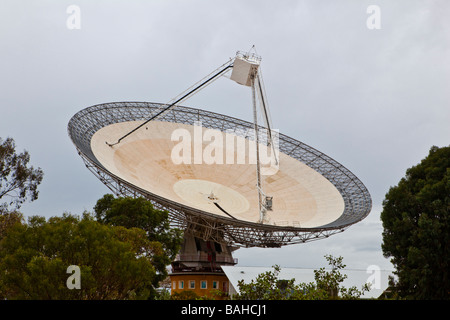This CSIRO radio telescope at Parkes in Central West NSW was used to receive the first video from the Opollo 11 - Stock Photo