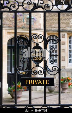 Cambridge, England, UK. Jesus College - gates to the Master's Lodge - Stock Photo