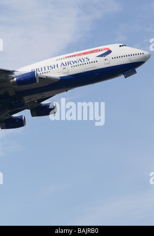 BA British Airways Boeing 747 jumbo jet taking off - Stock Photo