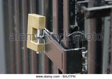 Tools; African security PADLOCK LOCKS PADLOCKED LOCKED DOOR GATE HASP HASPS Cape Town South Africa Kaapstadt - & African security PADLOCK LOCKS PADLOCKED LOCKED DOOR GATE HASP ... Pezcame.Com