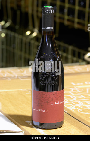 bottle with moulded relief on the neck les gallimardes domaine giraud chateauneuf du pape rhone france - Stock Photo