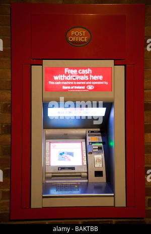 how to use a cash machine uk