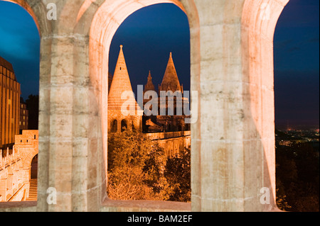 Fisherman's bastion budapest - Stock Photo