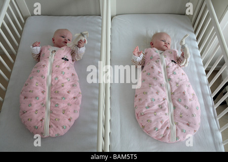 Twins 6 month old
