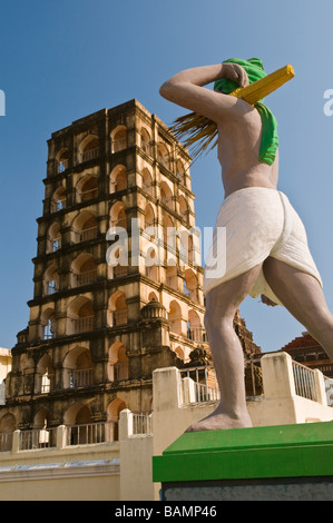 Royal Palace Watch tower and statue Thanjavur Tamil Nadu India - Stock Photo