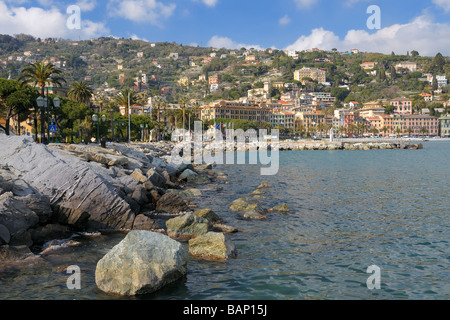 The shoreline and marina in the pictures town of Santa Margherita Ligure, Liguria, Italy. - Stock Photo