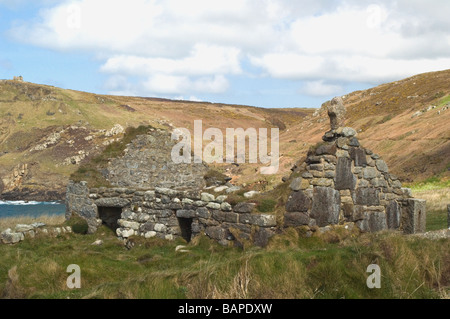 St Helens Oratory at Cape Cornwall, the remains of a small chapel on the Cornish coast - Stock Photo