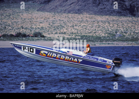 32 foot Super Boat on lake near Las Vegas Nevada - Stock Photo
