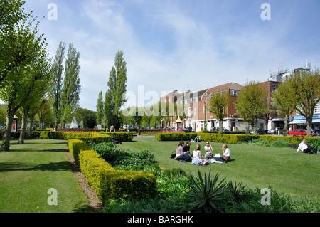England hertfordshire welwyn garden city howardsgate - Welwyn garden city united kingdom ...
