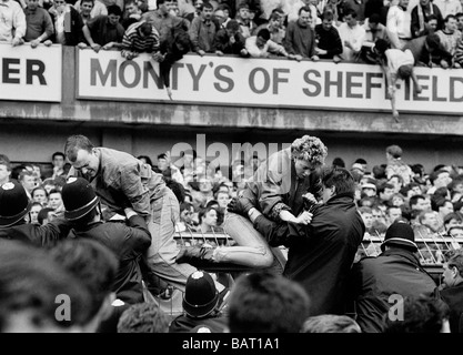 the hillsborough disaster essay The hillsborough disaster, at a fa cup semi-final between liverpool and nottingham forest at hillsborough stadium in sheffield, england, on 15 april 1989,.