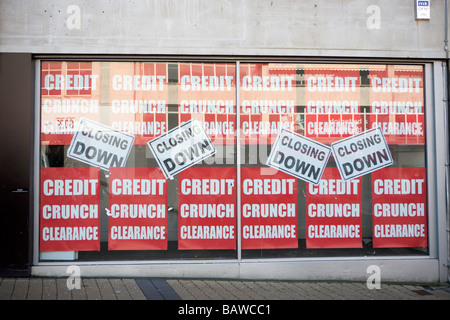 shop windows closed shops due to credit crunch recession great Britain UK economy downturn - Stock Photo
