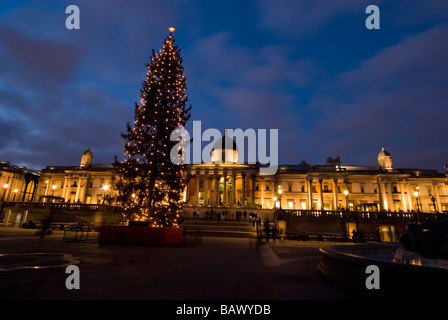 National Gallery at Trafalgar Square with Christmas Tree and Stock ...