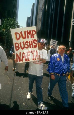 Union members protest NAFTA North American Free Trade Agreement on May 1 1993 Richard B Levine - Stock Photo