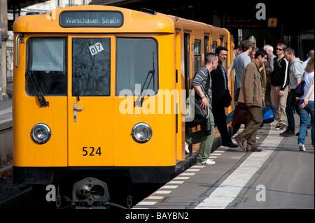 Berlin S Bahn passenger train at station in Kreuzberg Berlin - Stock Photo