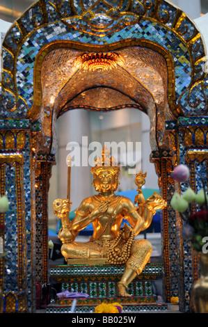 erawan shrine bangkok thailand - Stock Photo