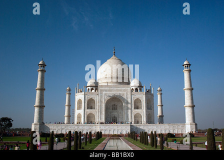 The Taj Mahal (ताज महल) is a mausoleum located in Agra, India and of the most famous and beautiful buildings in - Stock Photo