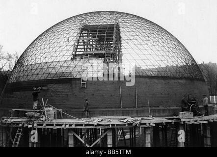 astronomy, planetarium, Zeiss Planetarium, Jena, exterior view, construction work, 1925/1926, Additional-Rights - Stock Photo