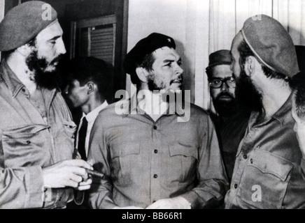 Guevara Serna, Ernesto 'Che', 14.5.1928 - 9.10.1967, Argentinian revolutionary, with Fidel Castro, Antonio Nunez and Omar Fernandez, Montevideo, Uruguay, 2.8.1961, ,