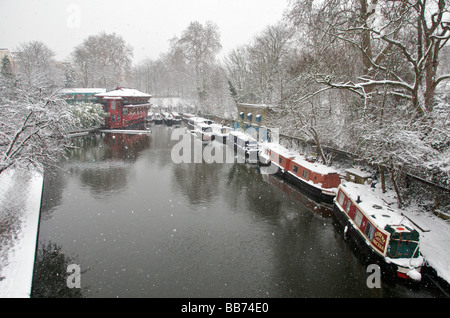 Regents Park Canal in winter Camden Town London NW1 England UK - Stock Photo