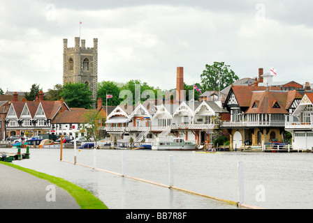 Riverside at Henley on Thames Oxfordshire - Stock Photo