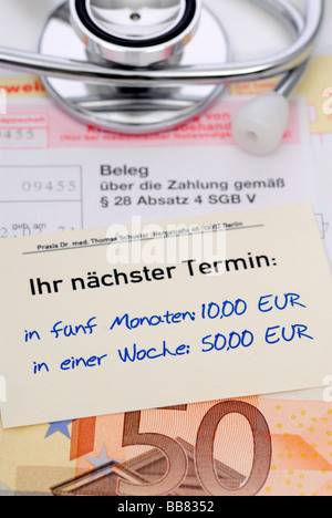 Doctor's receipts and banknote, symbolic photo of preferential doctor's appointments for cash - Stock Photo