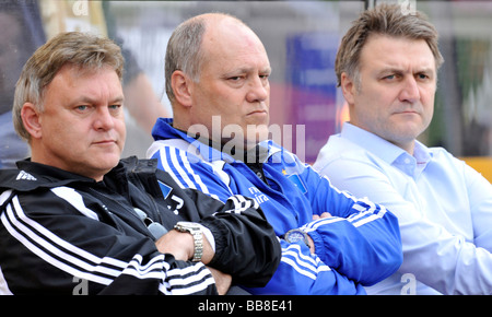 Hamburger SV triumvirate, from left to right, assistant coach and brother of the coach Cornelius Jol, coach Martin - Stock Photo