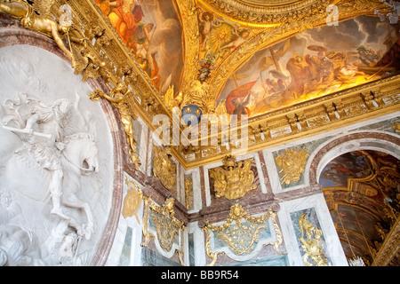 Room of louis xiv versailles france 1900 stock photo for Salon de versailles 2016