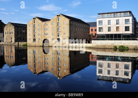 Hebble and Calder Navigation Warehouse regeneration and development at Wakefield West Yorkshire - Stock Photo