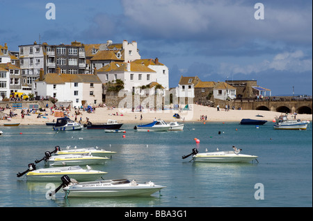 'St Ives' harbour in Cornwall, England - Stock Photo