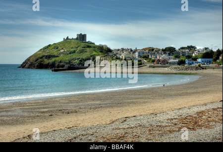 Criccieth Castle and beach, North Wales - Stock Photo