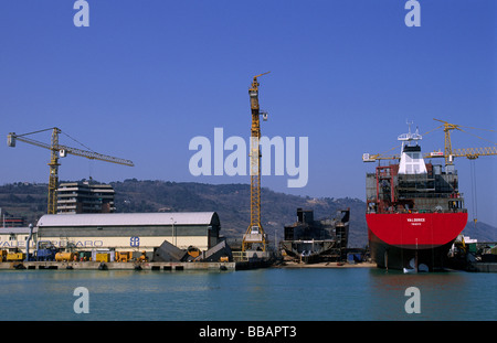 italy, le marche, pesaro, shipyard, ship building - Stock Photo