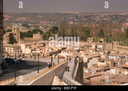 Vista aerea de la ciudad de toledo desde el Alcazar View of Toledo from the Alcazar - Stock Photo