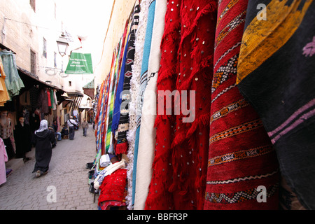 Africa, North Africa, Morocco, Fes, Fès el Bali, Old Fes, Medina, Old Town, Alley, Shopping - Stock Photo