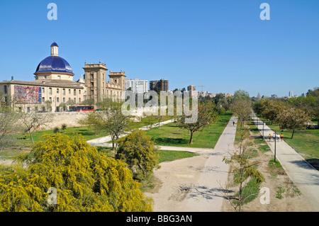 Jardines del Turia, Rio Turia, river bed, park, Museo de Bellas Artes, museum of fine arts, Valencia, Spain, Europe - Stock Photo