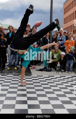UMEA SWEDEN MAY 23 Street dancing at the festival Kulturnatta Umea Sweden may 23 2009 - Stock Photo