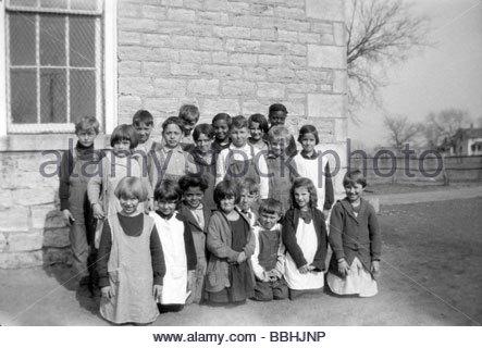 elementary school children rural USA 1920s - Stock Photo