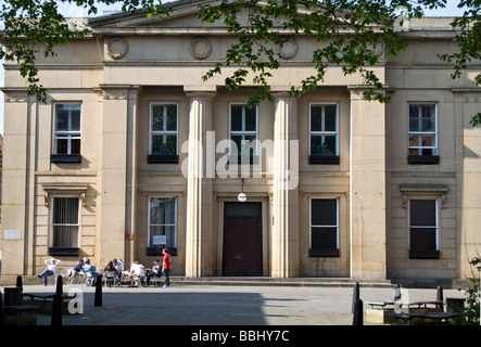 The Magistrates' Court , ( formerly the Old Town Hall), Bexley Square, Chapel  Street, Salford, Greater Manchester. - Stock Photo